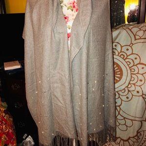 Faux pearl shawl/scarf